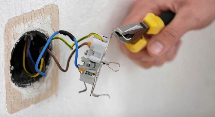 collegamento fili elettrici