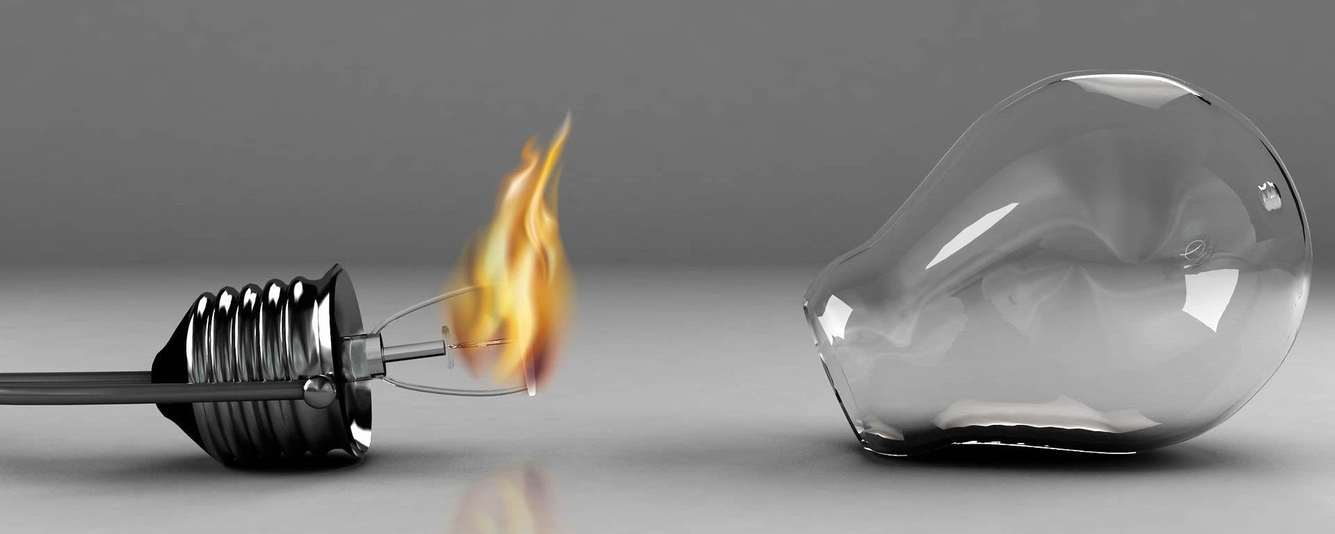 Incendio al quadro elettrico